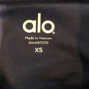 ALO Yoga Pants - Alo blue and green legging, sz xs, 62588
